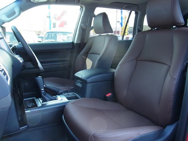 G-FRONTIERレッドウッドカラーの本革シート! | トヨタ ランドクルーザープラド 2.8 TX Lパッケージ Gフロンティア ディーゼルターボ 4WD 試乗車 カスタム多