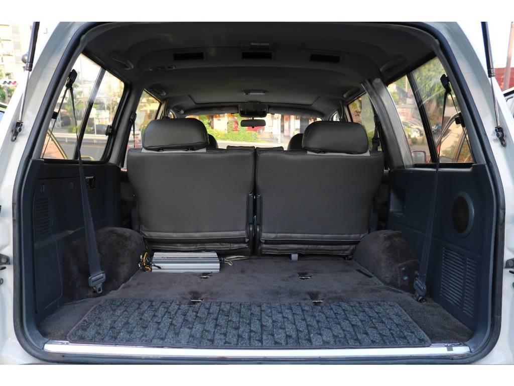 なんでも積めるスペースがあります | トヨタ ランドクルーザー80 4.5 VXリミテッド 4WD