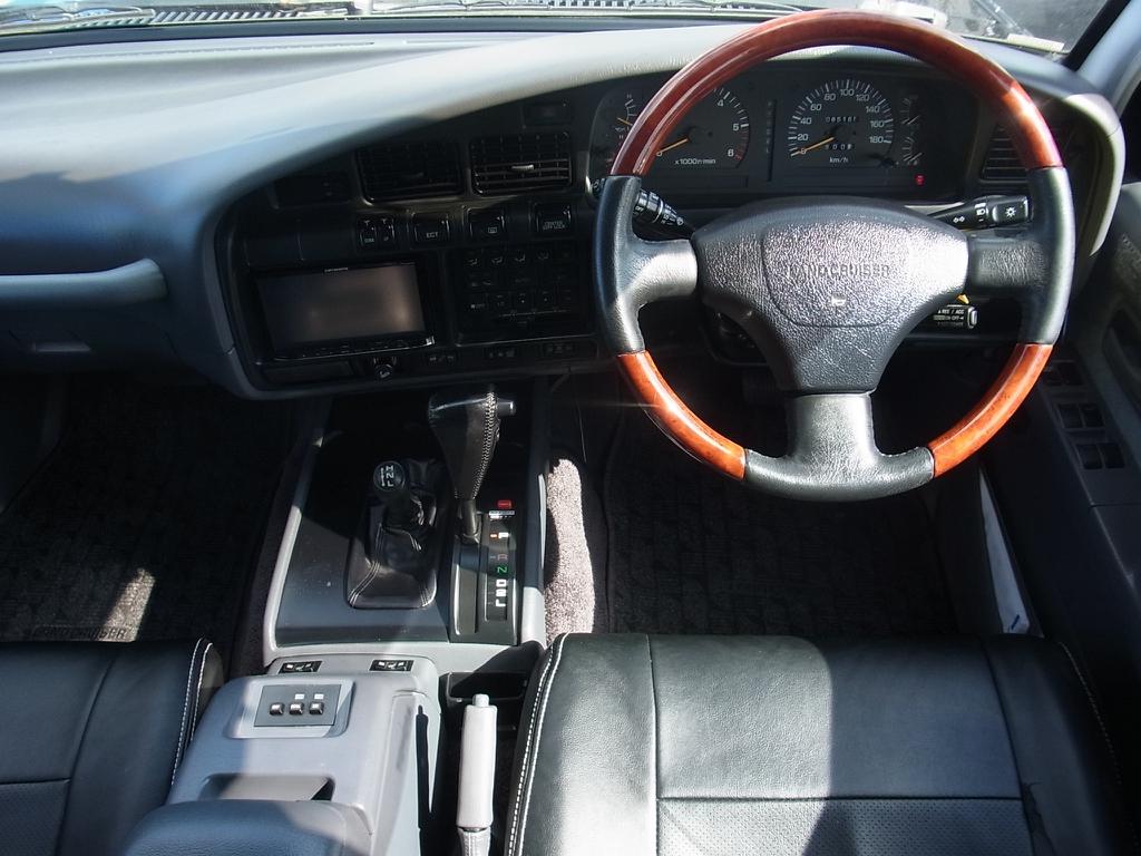 ランドクルーザー80 4.5 VXリミテッド 4WD