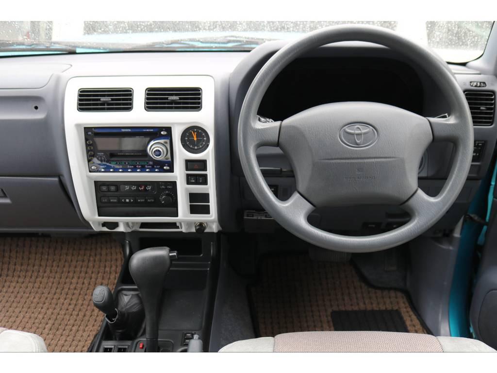 パネルもホワイト塗装済みです | トヨタ ランドクルーザープラド 2.7 TX 4WD LTD