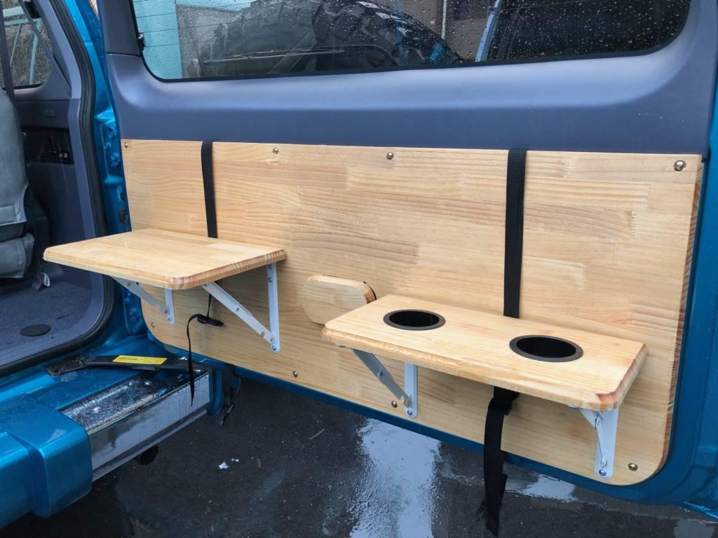 テーブル付きリアウッドパネル装着!! | トヨタ ランドクルーザープラド 2.7 TX 4WD LTD