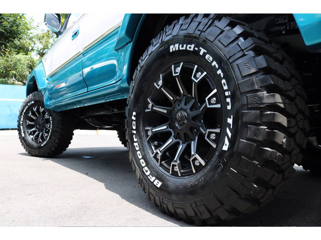 BFGoodrich MTタイヤ KM2 285/75【新品】 | トヨタ ランドクルーザープラド 2.7 TX 4WD LTD
