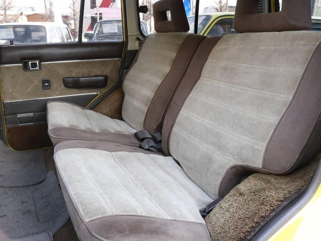 リアもキレイ!ドア内張りレザー部分張替え済み!! | トヨタ ランドクルーザー60 4.0 VX ハイルーフ 4WD