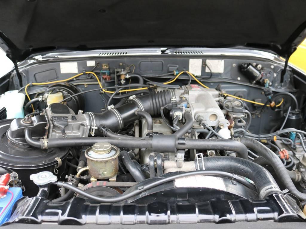 エンジンもキレイなものです!まだまだ頑張ってもらわないと! | トヨタ ランドクルーザー60 4.0 VX ハイルーフ 4WD