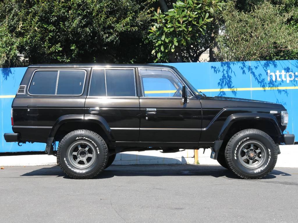 ソリッドなブラックでオールペン済み!そのまま全国で登録可能な60はこのモデルのみ! | トヨタ ランドクルーザー60 4.0 VX ハイルーフ 4WD