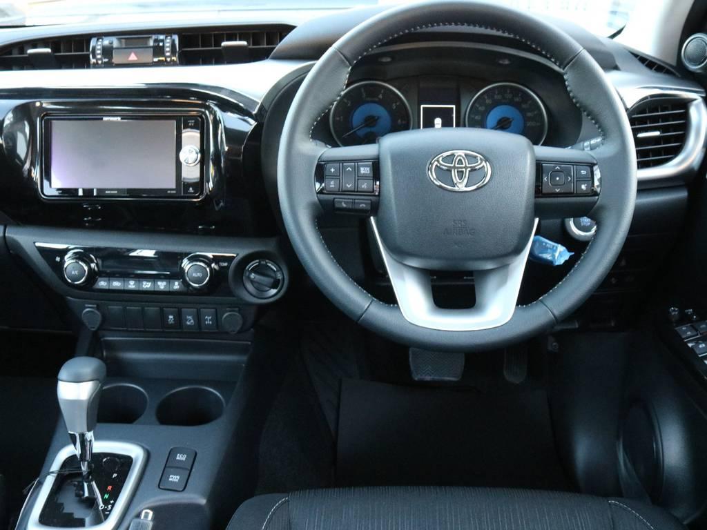 新品カロッツェリア製SDナビ搭載 | トヨタ ハイラックス 2.4 Z ディーゼルターボ 4WD Z