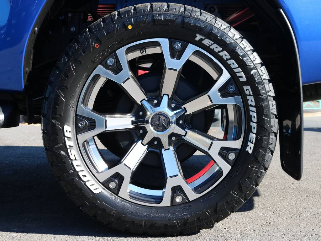 WARHEAD 20インチアルミホイール×MONSTA TIRE TERREIN GRIPPER 285/50R20 | トヨタ ハイラックス 2.4 Z ディーゼルターボ 4WD Z