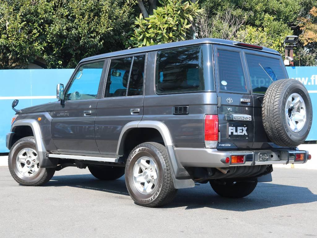 | トヨタ ランドクルーザー70 4.0 4WD