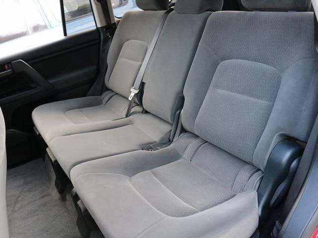 シンプルなグレーモケットシート