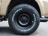 トヨタ純正スチールホイールにTOYO OPEN COUNTRY R/Tタイヤ(ホワイトレター)いずれも新品装着です