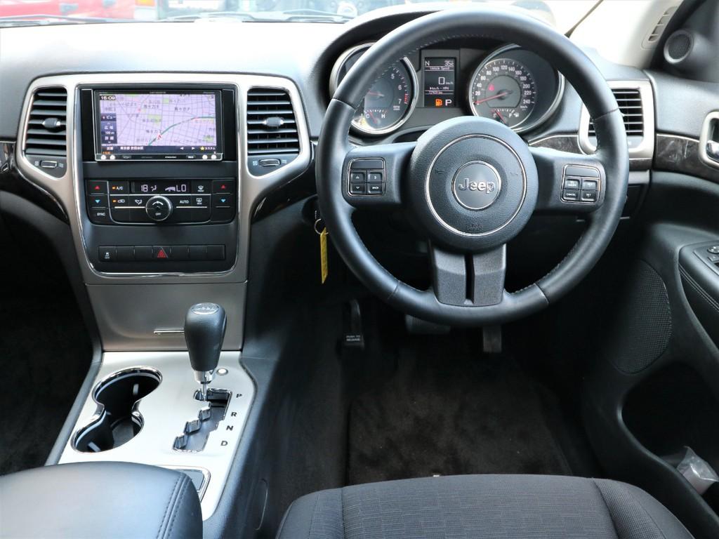 ジープグランドチェロキーラレード 4WD東京都の詳細画像その2