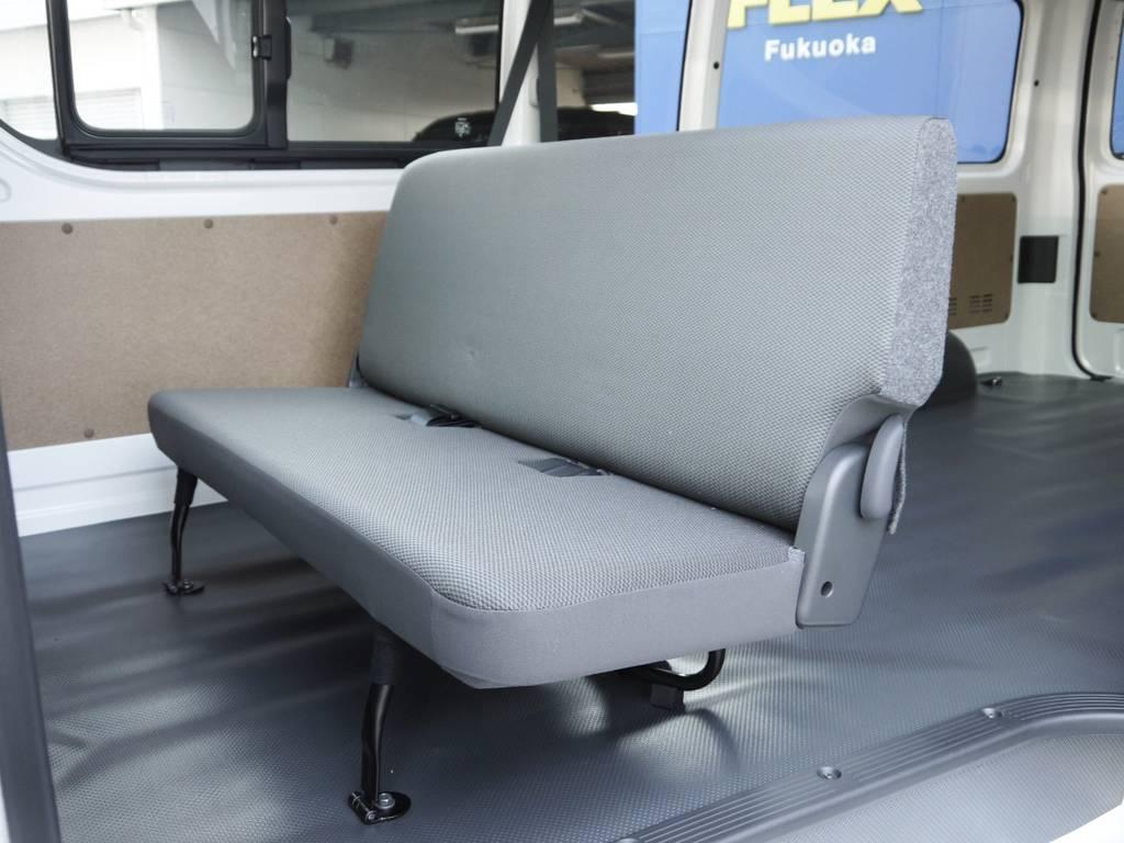 GLシート換装や床パネル施工等ご要望に応じて各種追加カスタムも承ります。