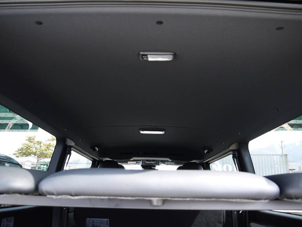 特別仕様車専用装備:ブラックルーフ&ピラー! | トヨタ ハイエースバン 2.0 スーパーGL ダークプライムⅡ ロングボディ 2段ベッドPKG