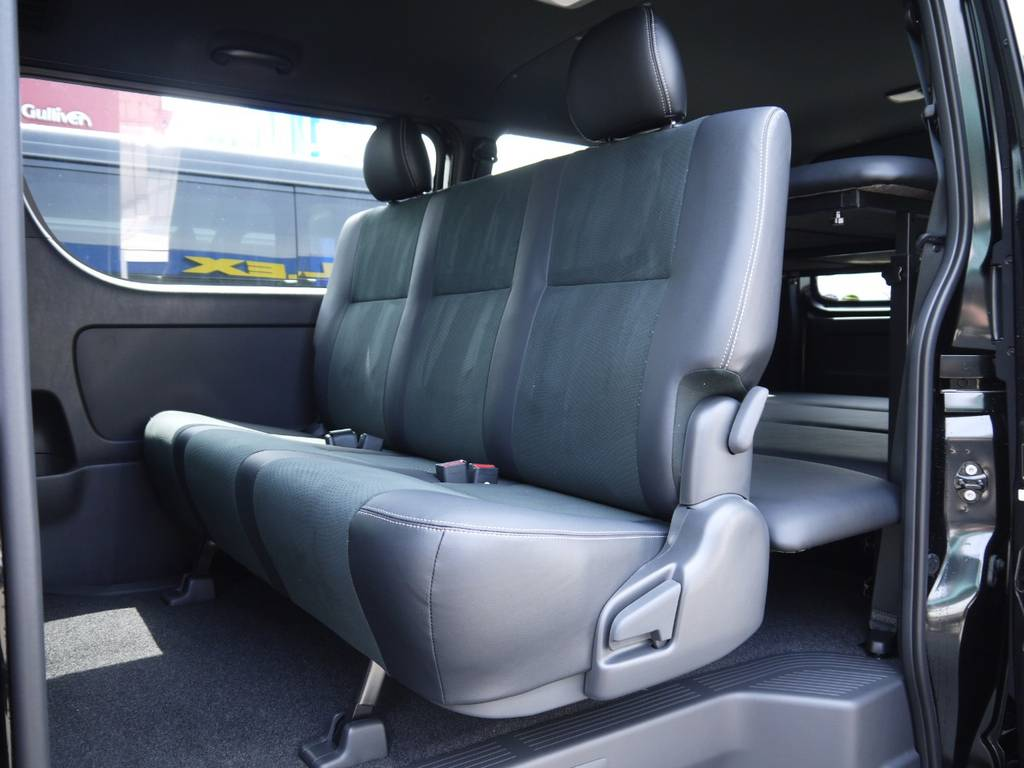 後席シートベルトも標準装備! | トヨタ ハイエースバン 2.0 スーパーGL ダークプライムⅡ ロングボディ 2段ベッドPKG