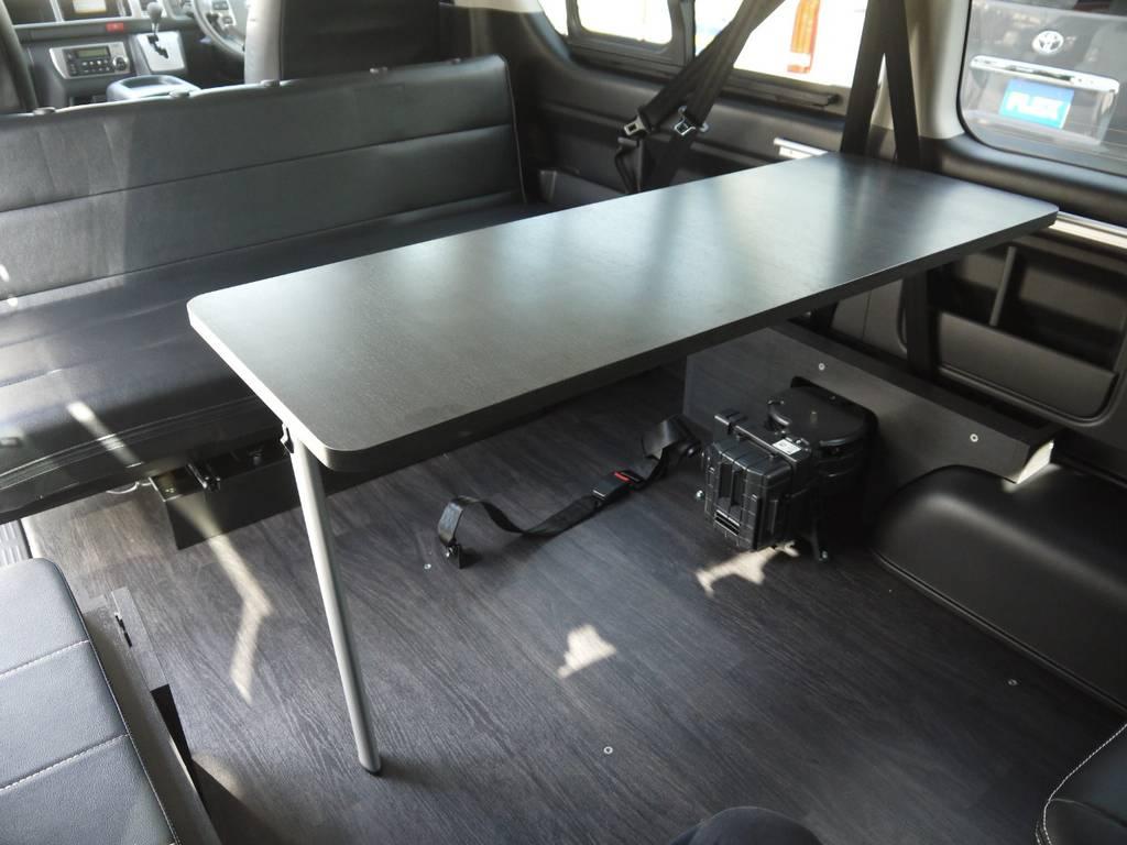 着脱可能なサイドテーブルも完備しております。 | トヨタ ハイエース 2.7 GL ロング ミドルルーフ Ver2