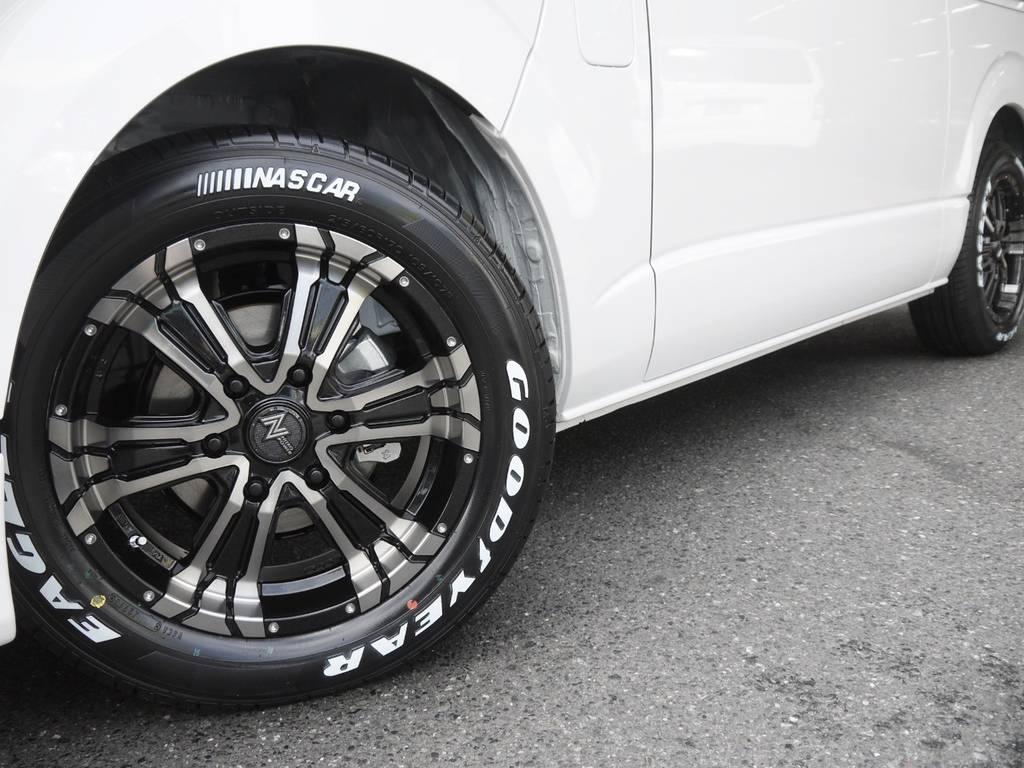 足元には、ナイトロパワーBM17インチAW&ナスカーホワイトレタータイヤをインストール! | トヨタ ハイエース 2.7 GL ロング ミドルルーフ Ver2