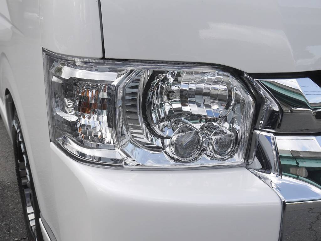 メーカーオプションのLEDヘッドライトも完備しております。 | トヨタ ハイエース 2.7 GL ロング ミドルルーフ Ver2