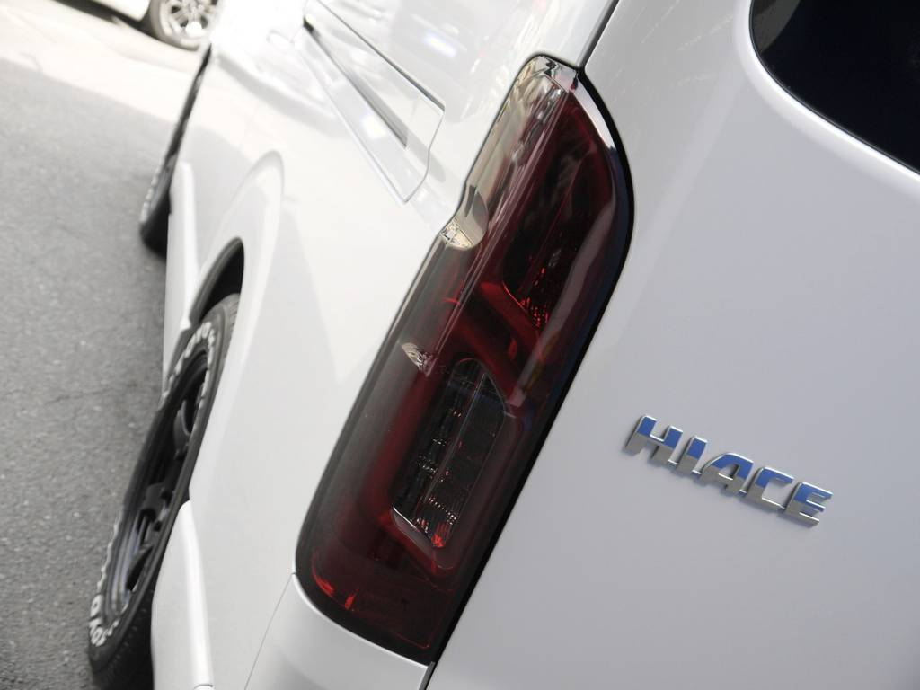 シャークベンチュリーLEDテール! | トヨタ ハイエース 2.7 GL ロング ミドルルーフ BIGX8インチナビ