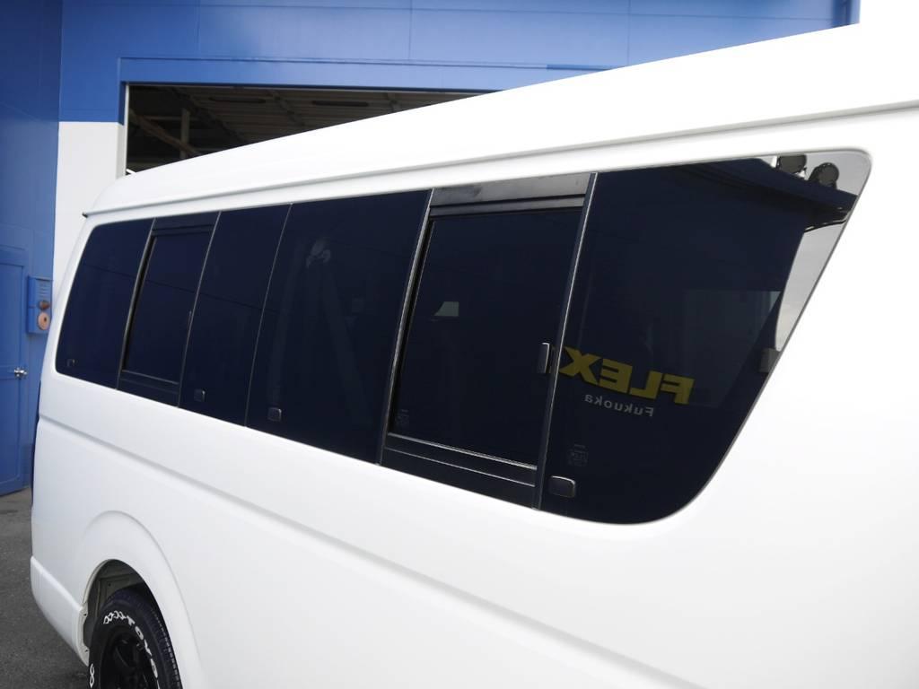 開閉式窓ガラスも完備しておりますので車内の換気もバッチリ! | トヨタ ハイエース 2.7 GL ロング ミドルルーフ BIGX8インチナビ