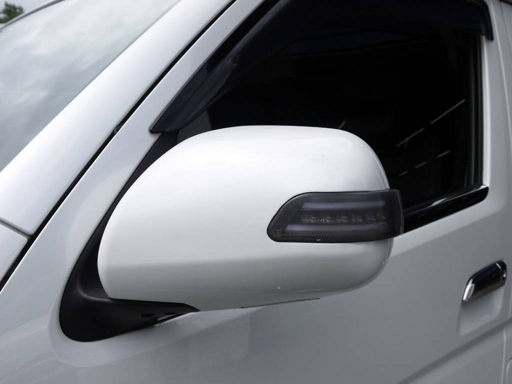 ヴァレンティLEDドアミラーウインカー! | トヨタ ハイエース 2.7 GL ロング ミドルルーフ ベッドキットシートアレンジ
