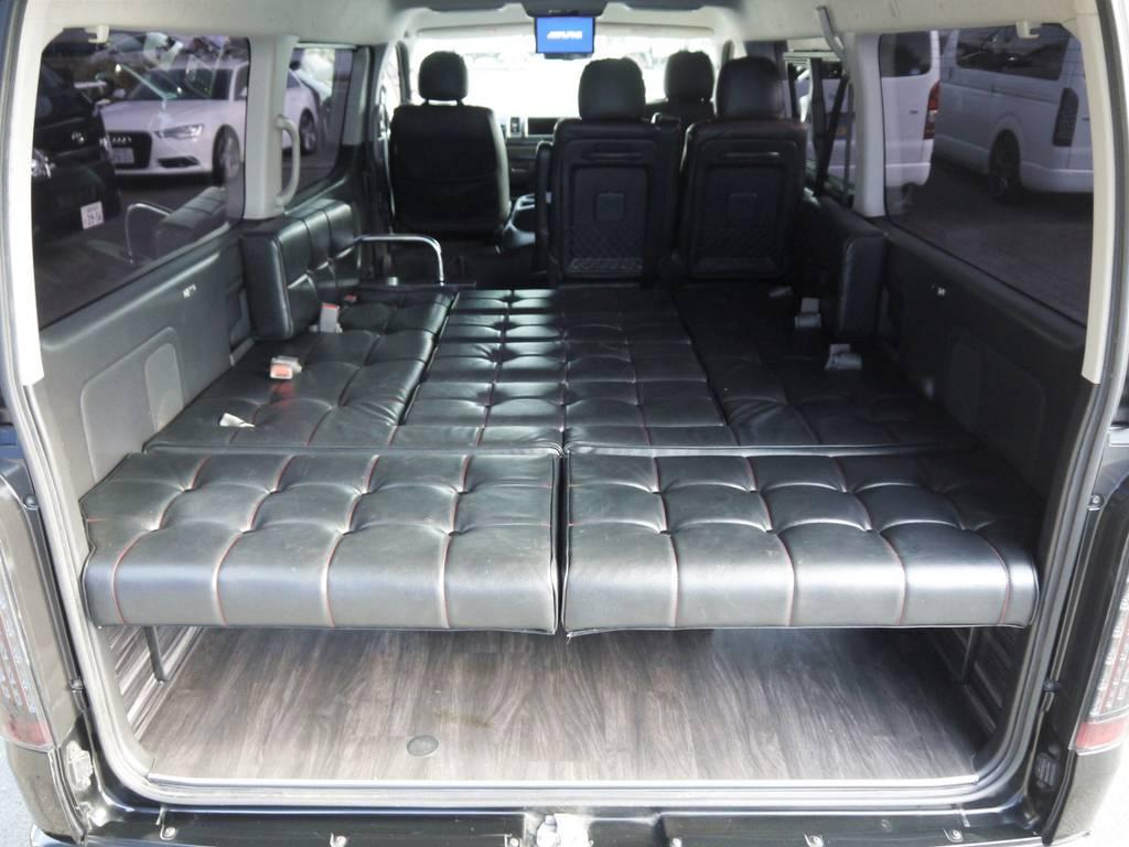 簡単にベッドモードに展開可能!気軽に車中泊もお楽しみいただけます!