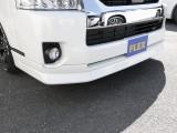 FLEXオリジナルDelfinoLineフロントリップスポイラー装着!引き締まったフロントフェイスを演出。