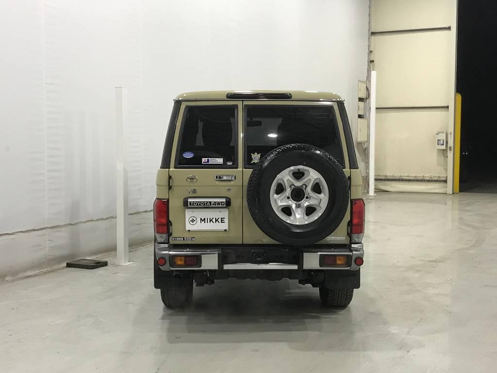令和の時代にそぐわない背面タイヤと観音開き。この車が我が国から生まれた事を誇りに思います。