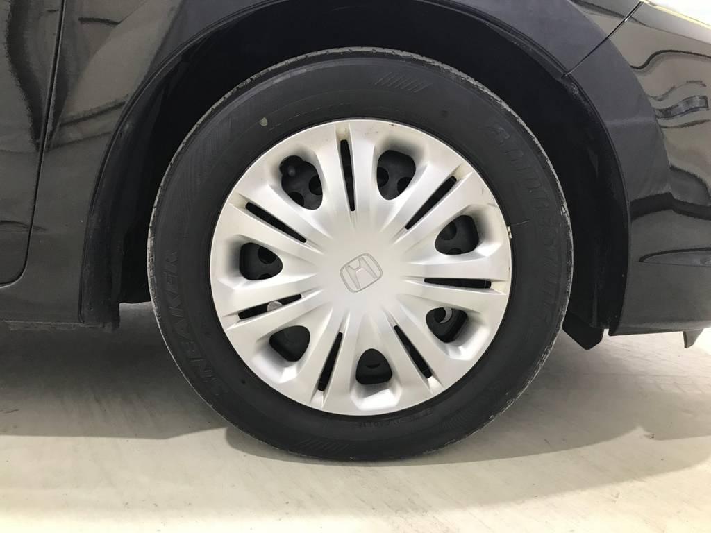 タイヤはまだ使えるくらいの残量なのでこれも嬉しいポイントです。