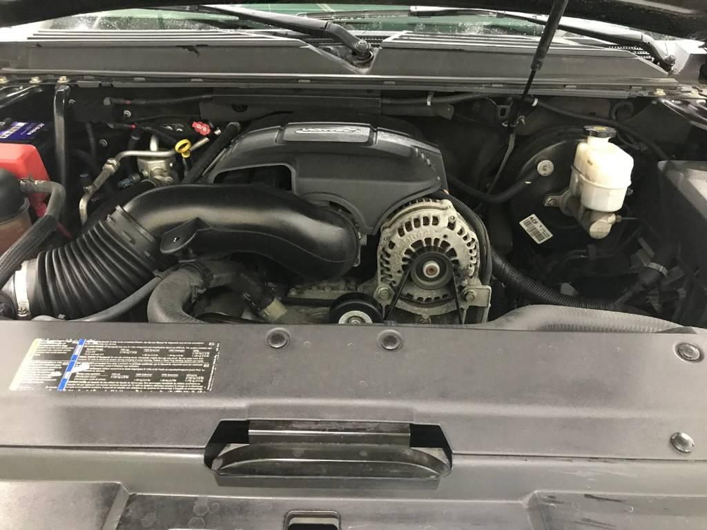 モンスターエンジンのお出ましです。この排気量にこのサイズは納得です。異音どころか元気な音を出して走るのでご安心ください!