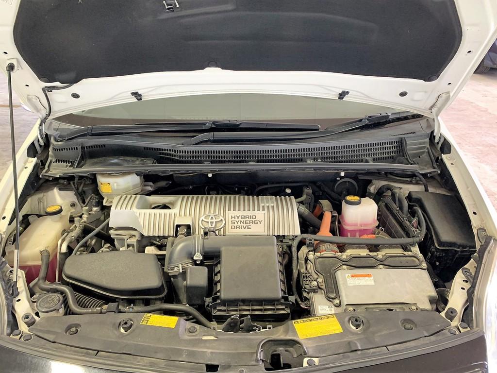 1800cc+モーターなのでエコドライブはもちろんパワーモードに切り替えれば軽快な加速を体験可能としています!