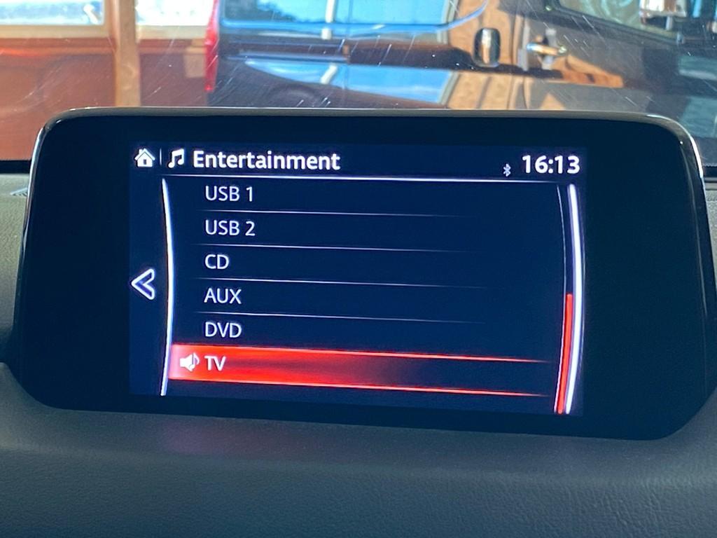 マツダ純正ナビゲーション!フルセグTV&Bluetooth対応です!