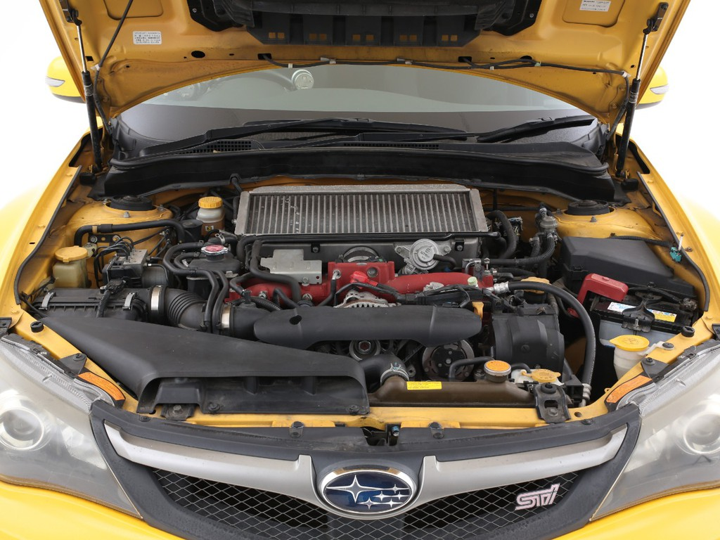 STI専用チューニングの2000ccガソリンターボエンジンです!