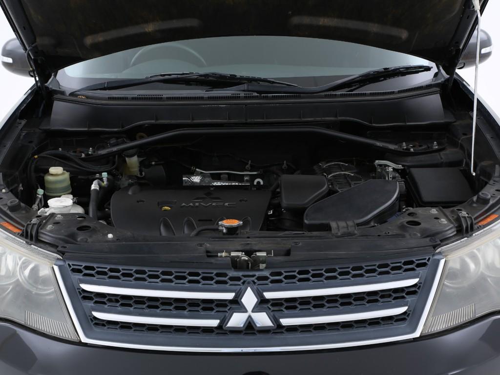 170ps(カタログ値)を発生させる2400ccのガソリンエンジンです!