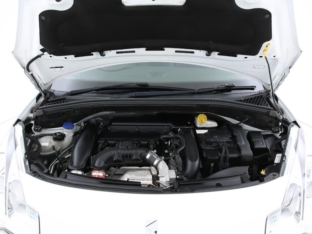 1600ccの4気筒ガソリンターボ車!6速MTとなります!