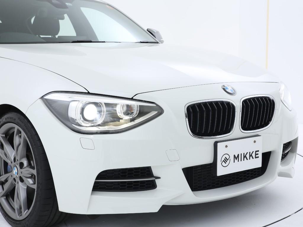 ヘッドライトは純正ディスチャージライト!BMWのアイコンのイカリングライトです!