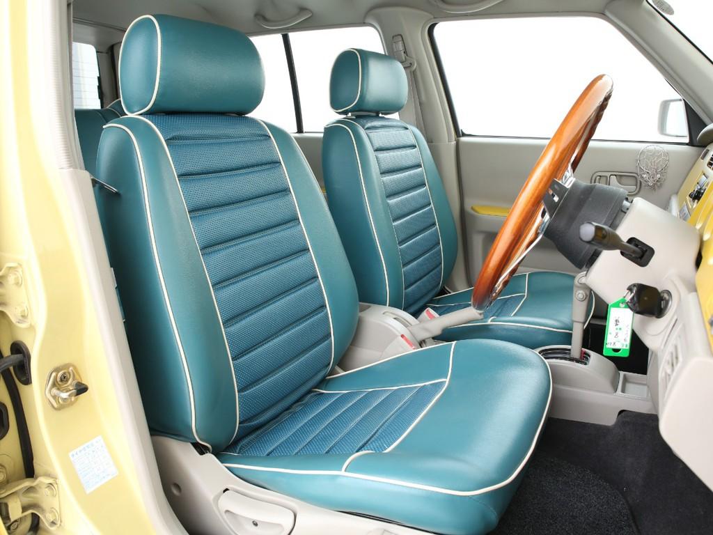 専用デザインのシート&インテリアが特徴のジョルジェットカスタム済みです!