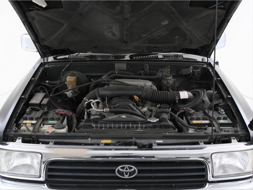 エンジンは3000ccのディーゼルターボ!1KZエンジンです!