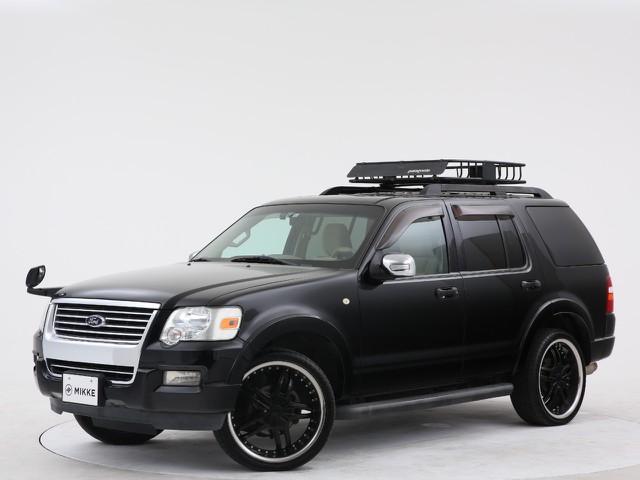 フォード エクスプローラー XLT 4WDの入庫です!