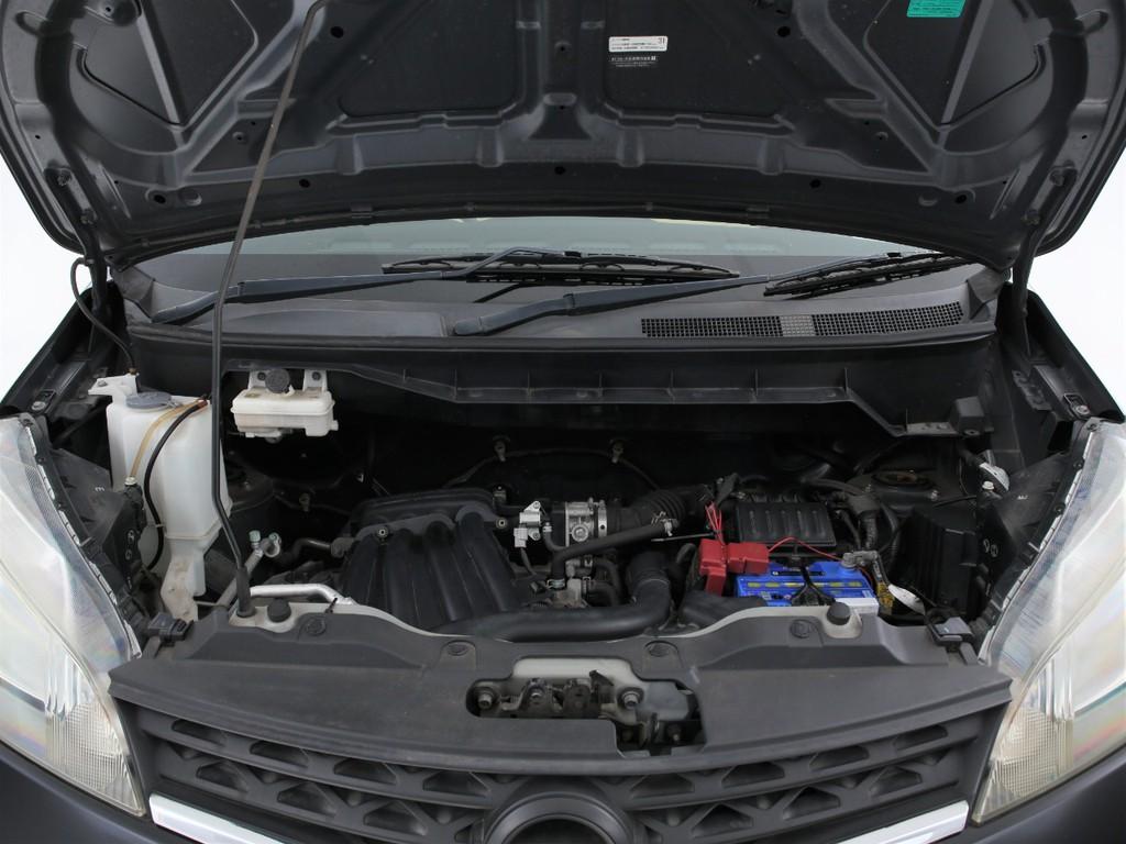 エンジンは1600ccのガソリン!十分なパワーを発揮いたします!