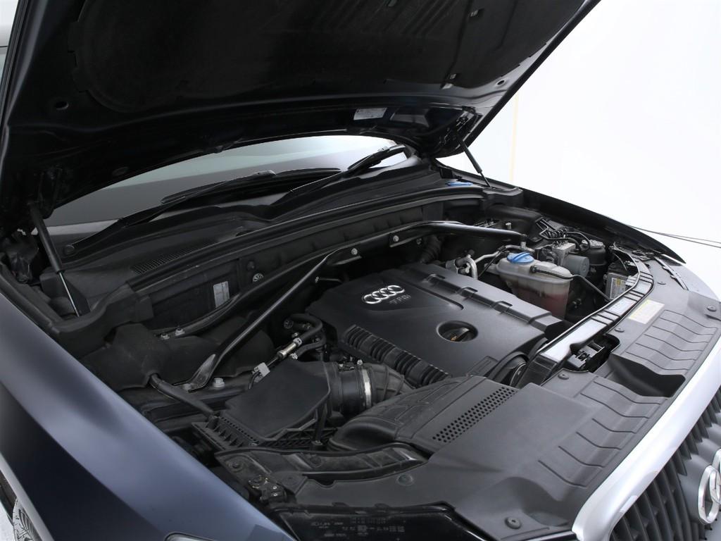 エンジンは2000ccのガソリンターボ車!7速ATとの組み合わせです!