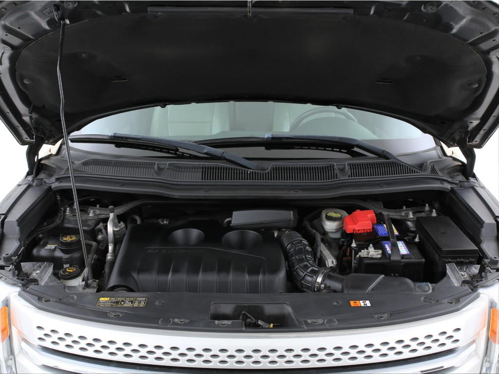 エンジンは2000ccのガソリンターボ!十分なパワーを発揮いたします!