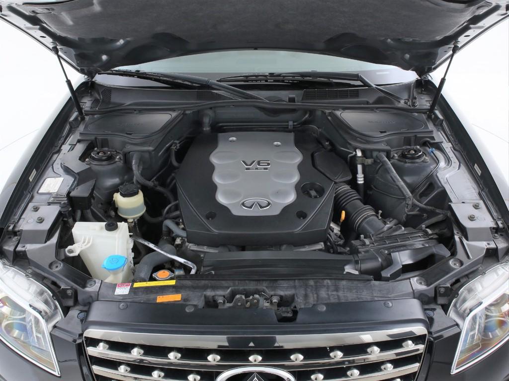 エンジンは3500ccのガソリン!パワーも有り快適に運転出来ます!