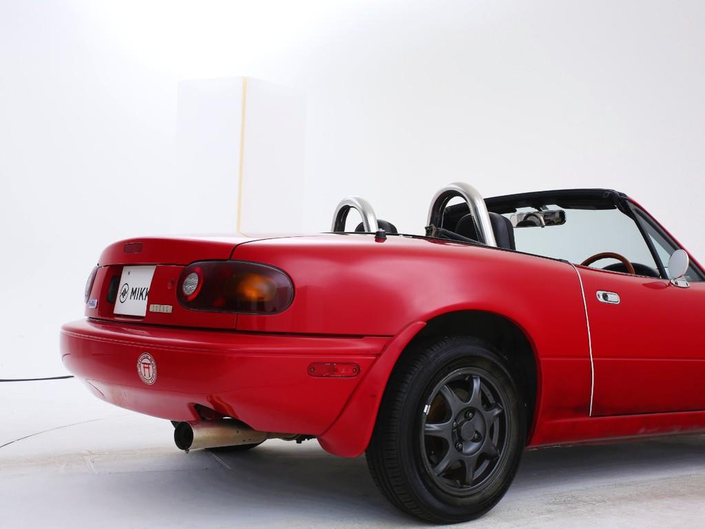 これからの時期にピッタリなオープンカー!運転する楽しさが味わえるお車です!