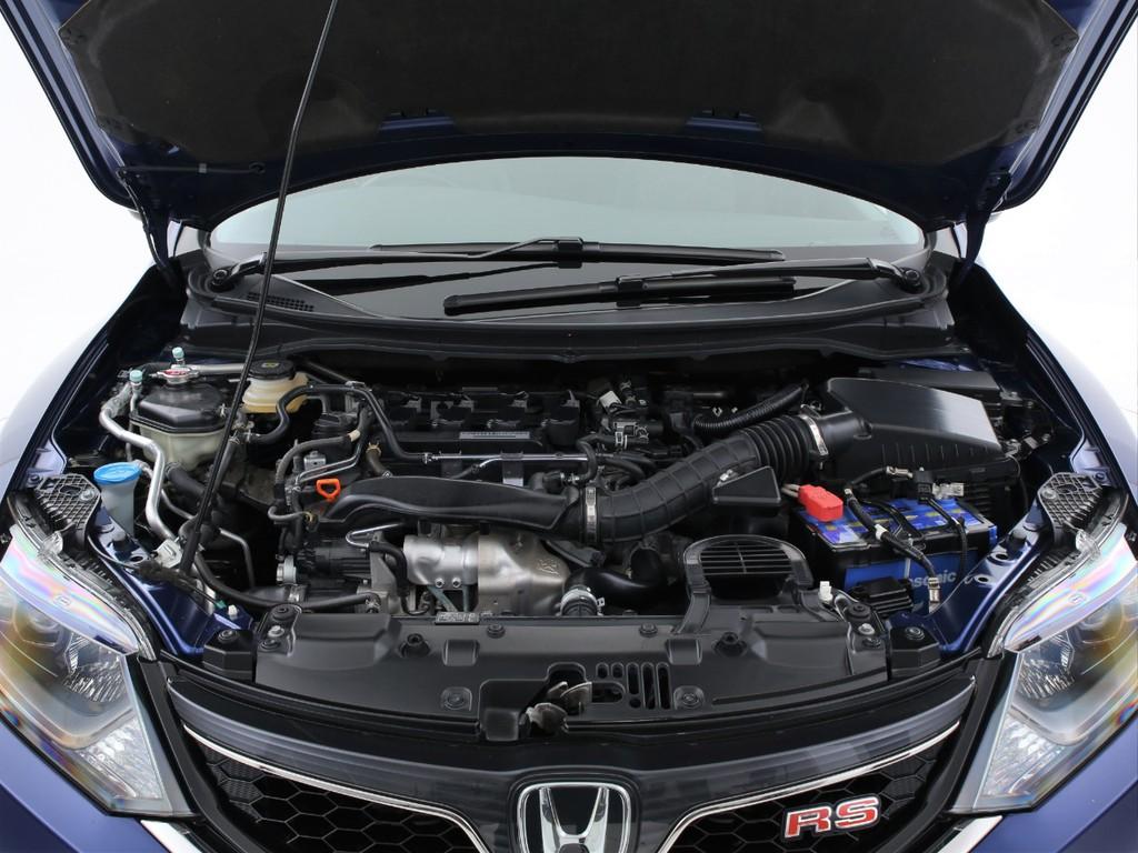 エンジンは1500ccのガソリンターボ!低燃費&ハイパワーを両立しております!