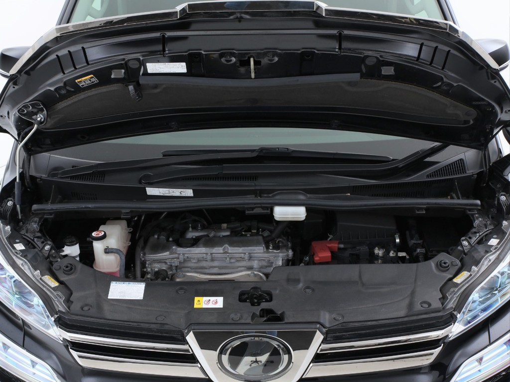 エンジンは2500ccのガソリン!CVTとの組み合わせです!