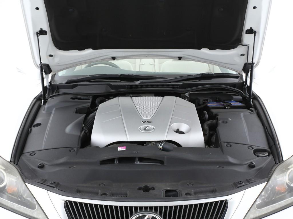 エンジンは3500ccのガソリン!十分なパワーを発揮してくれます!