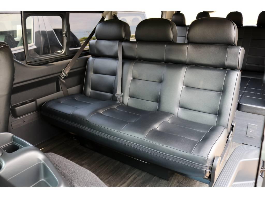 ゆったりと座れるセカンドシート! | トヨタ ハイエース 2.7 GL ロング ミドルルーフ 4WD TSS付 Ver2
