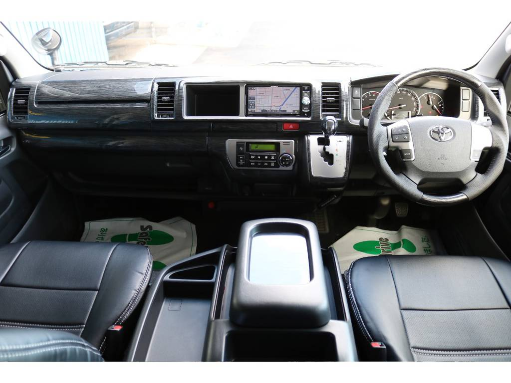 黒木目インテリアパネル&コンビステアリング&シフトノブ!   トヨタ ハイエース 2.7 GL ロング ミドルルーフ 4WD TSS付 Ver2