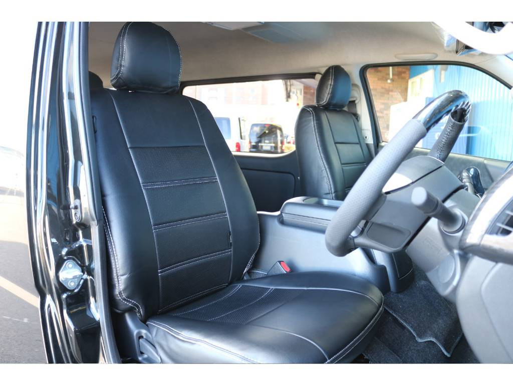 全席ブラックレザー調シートカバー装備♪ | トヨタ ハイエース 2.7 GL ロング ミドルルーフ 4WD TSS付