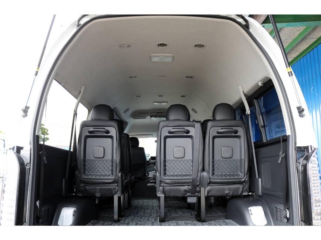 天井も高く大人でも立って移動できちゃいます! | トヨタ ハイエースコミューター 3.0 GL ディーゼルターボ 4型10人乗り3ナンバー